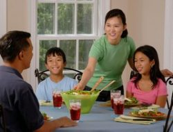 Dampak Positif-Negatif Pandemi pada Hubungan Keluarga