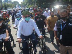 Daftar Pilwalkot, Pasangan Akhyar Nasution-Salman Gowes Sepeda Menuju KPU Medan
