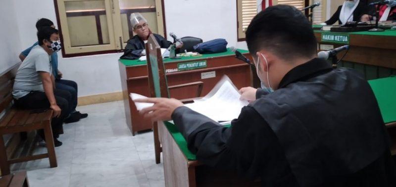 Ket Foto : Sidang lanjutan terkait kasus dugaan penipuan SHGB beragendakan keterangan terdakwa Canakya yang digelar secara video conference di ruang Cakra 7 Pengadilan Negeri Medan beberapa waktu lalu.