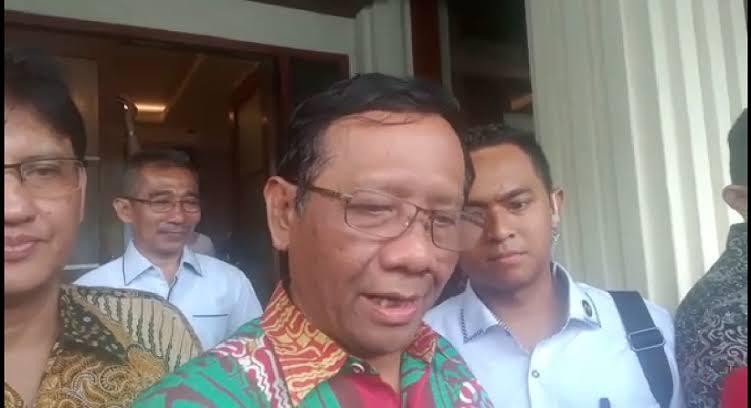 Ket Foto : Menteri Koordinator Politik, Hukum dan Keamanan Mahfud MD.