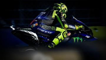 Ket Foto : Motor Rossi mengalami masalah di MotoGP Eropa. (Dorna Sports)