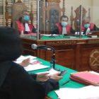 Ket Foto : JPU Maria Tarigan saat membacakan dakwaan di hadapan Majelis Hakim yang diketuai Abdul Kadir di ruang Cakra 4 Pengadilan Negeri Medan.