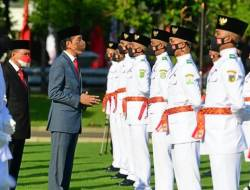 Presiden Jokowi Angkat 68 Paskibraka HUT ke-76 RI Jadi Duta Pancasila